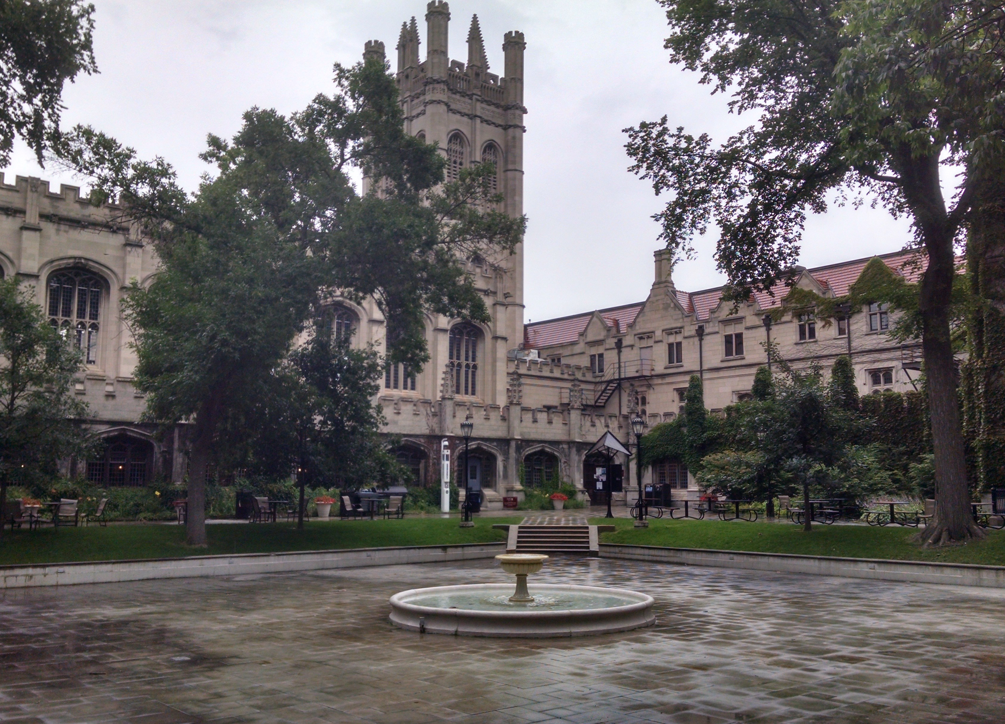 university_of_chicago_main_quadrangles.jpg